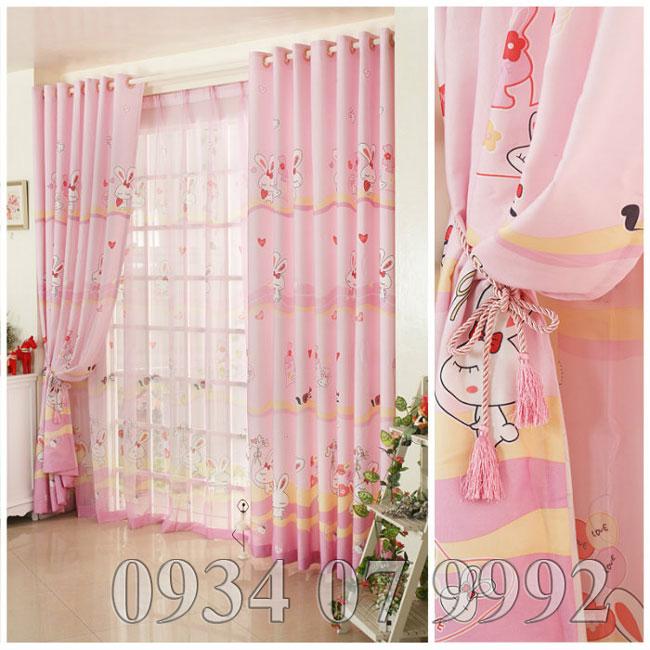 màn cửa phòng ngủ cho mùa xuân