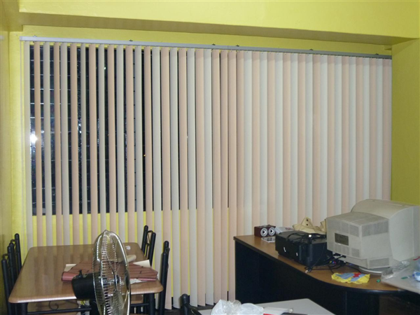 Mẫu rèm cửa văn phòng
