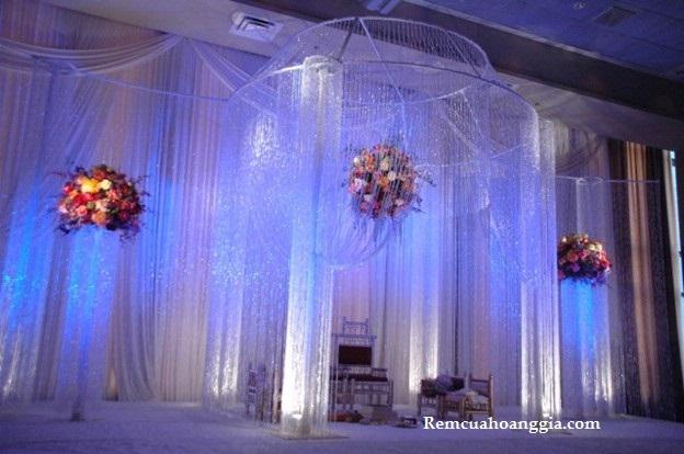 Màn sợi chỉ trang trí cho nhà hàng tiệc cưới