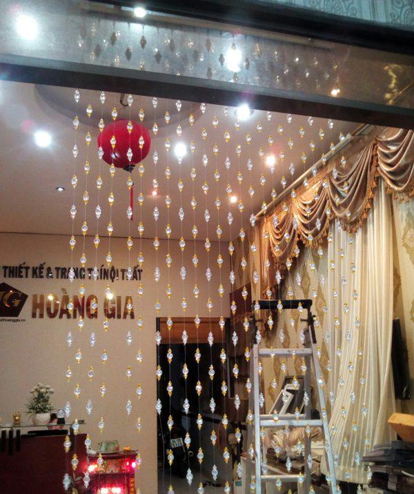 Công trình rèm pha lê cho Nails & Spa ở Mỹ