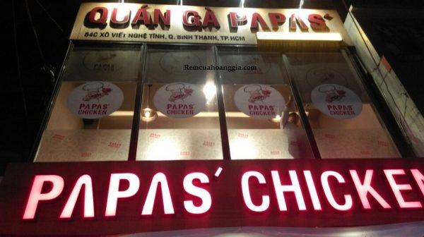 Rèm cuốn in logo tại Papa's Chicken