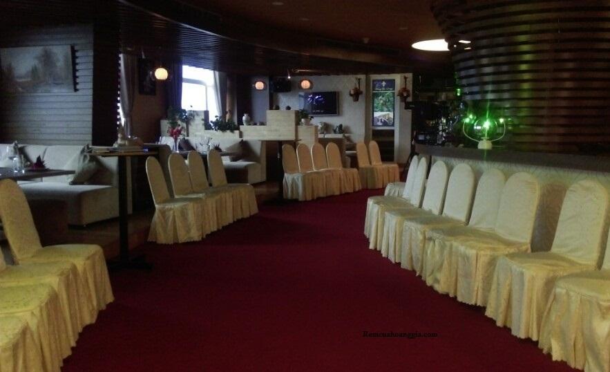 Công trình thảm trải sàn nhà hàng cafe tại KS Tân Sơn Nhất